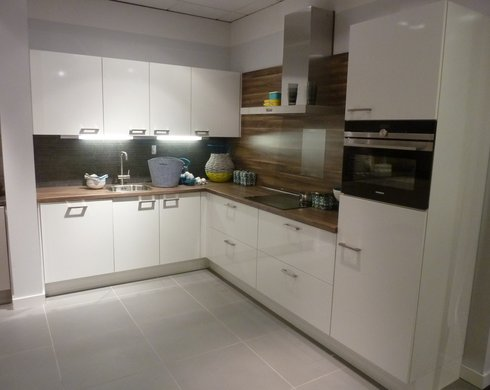 Showroomkeuken Meppel Koop uw keuken bij Nieuwenhuis Keukens in Meppel