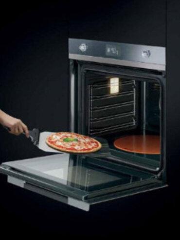 SMEG oven