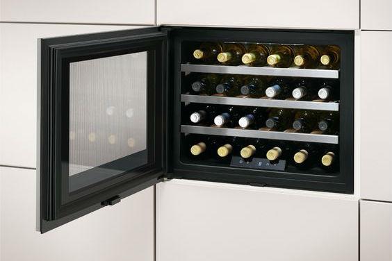 Het gemak van een wijnklimaatkast nieuwenhuis keukens